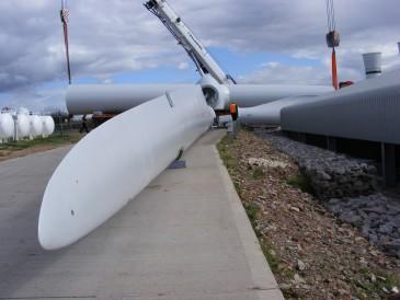 renewables first - Baulker Farm wind turbine blades