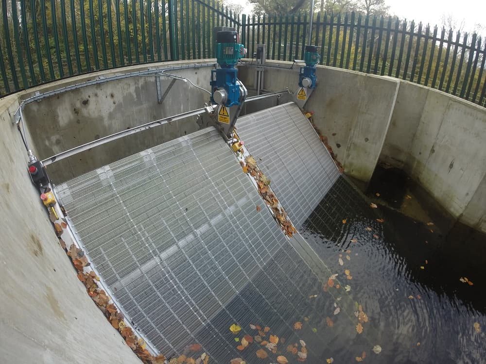 Goflo travelling water screen for hydropower scheme